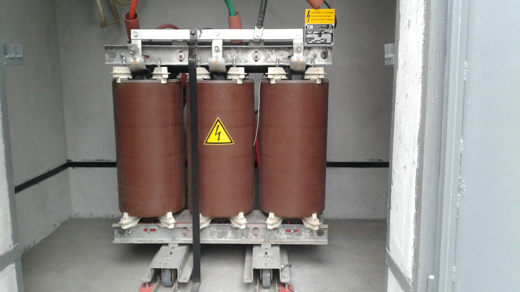 Сухой трансформатор 6-10 кВ.